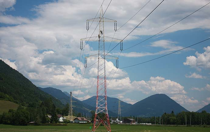 Masten Verbund-Austria Power Grid