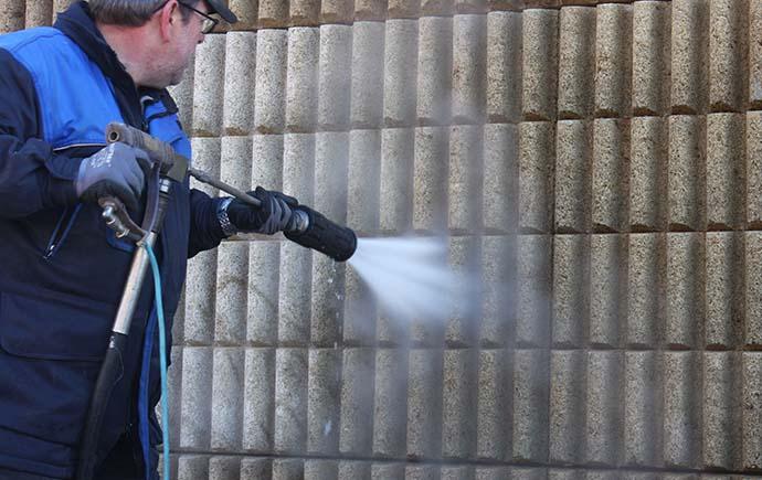 Wasserstrahlung Rieder Lärmschutzwand nahe