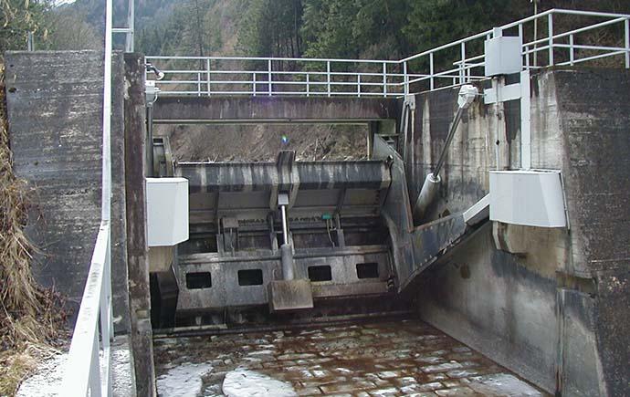 Stahlwasserbau Referenz TIWAG Wehranlage